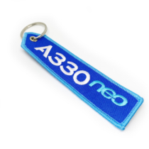 Gestickte Schlüsselanhänger mit dreifarbigem Druck